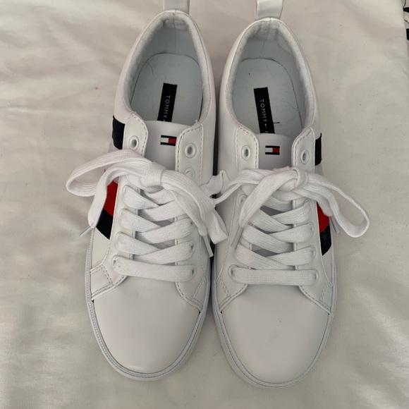 Icon Stripe Leather Sneaker